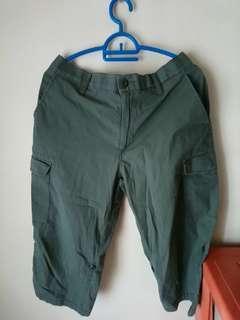 Uniqlo Cargo Short Pants (Defects) #SINGLES1111