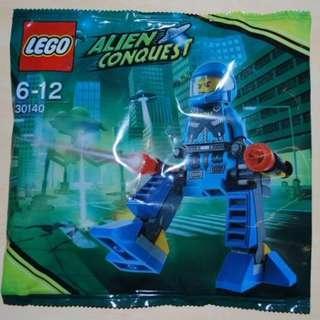 包平郵 全新 LEGO 30140 Alien Conquest ADU Walker