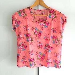 $5 SALE: Boxy Floral Chiffon Top (do you see this marked sold? no. then OBVIOUSLY ITS AVAILABLE)