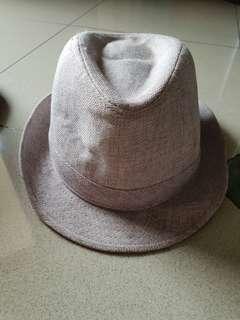 Hat murah meriah