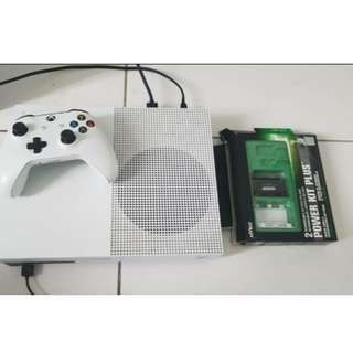 Xbox One X 1 TB + Forza Horizon 4 White Asia Set