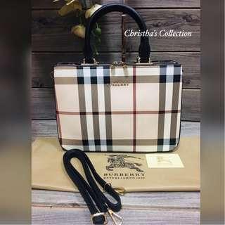 Burberry Banner Bag Sling Bag Hand Bag BURBERRY Topbots Top Zippered Crossbody Bag Handbag Women's Bag BEIGE