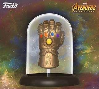 Pre-order Infinity Gauntlet & Thor and Thanos movie moment