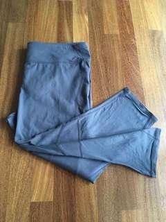 Size XL Gap sport 7/8 legging grey