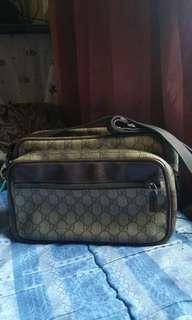 Original GUCCI SLING BAG