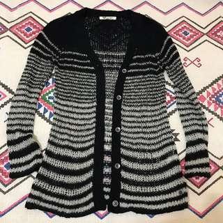💕💜💕-Roxy 黑灰條紋針織衫