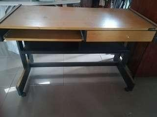 Study Table Laminated wood