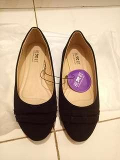 Black basic flatshoes tltsn