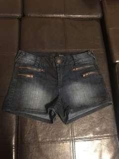 Shorts size 3/4