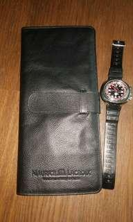 Traveling watch leather case