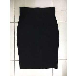 Black office skirt (PL)