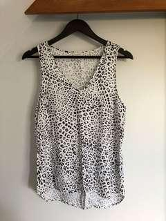 Witchery leopard top