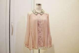 Pleated shirt with lace and sequin collar / kemeja harian
