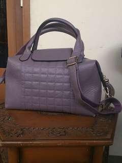 Belleza tas ungu