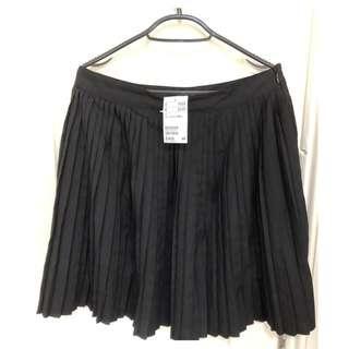 🚚 《全新品》H&M 黑色百褶裙