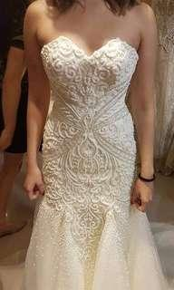 REPRICED!!Wedding gown with complete accessories!Sale!
