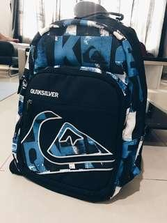 Authentic Quiksilver backpack #SINGLES1111