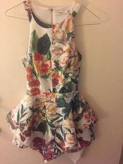Ava floral playsuit size 6