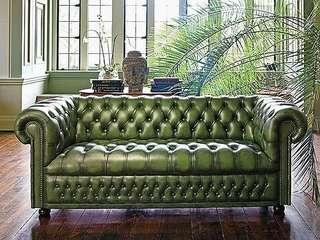 Chesterfield sofa in green from England