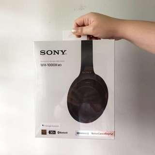 Sony WH-1000XM3 Wireless Headphones with Porter Tote Bag worth $199