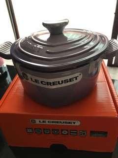 Le Creuset heart shape pot