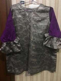 blouse abu abu ungu
