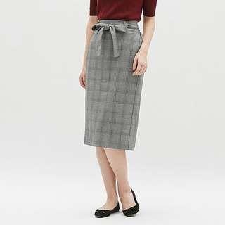 🚚 全新GU灰色格紋窄裙 半身裙