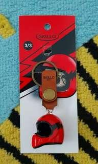 SKILLO RESIN FULL FACE RED CAFE RACER KEYCHAIN