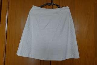Beige Pleated Skirt #EVERYTHING18 #SINGLES1111