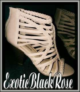 Tan heels 7.5
