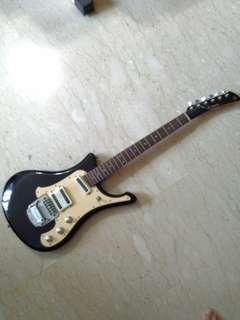 Yamaha SGV 300 Electric Guitar