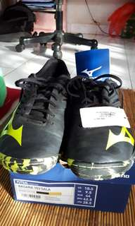 Sepatu Futsal Mizuno Basara 103 Sala f7e3a7ebef