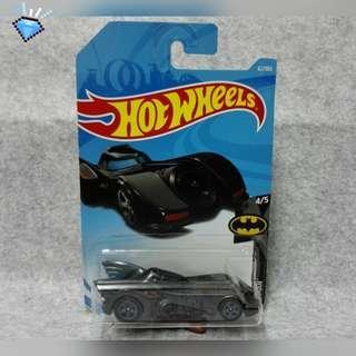 """Hotwheels """" Batman Bat Mobile """""""