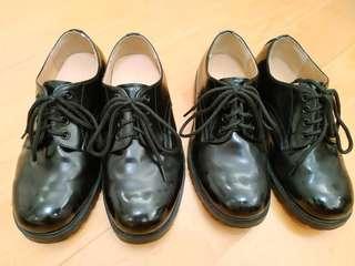 制服步操鞋兩對 21/22cm