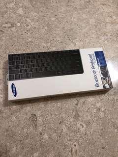 Brand new BN Samsung Bluetooth keyboard EE-BT550