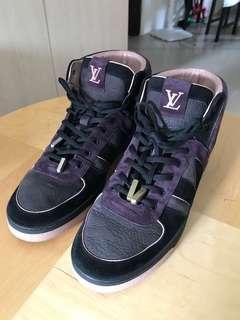 超限量款 Vip獨買款 Lv sneaker hi 黑紫 粉紅 yeezy設計色 肯伊著 off white supreme bape max