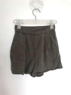 Supre Khaki Highwaisted Shorts