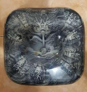 Resin dragon ashtray
