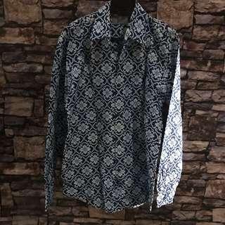 Kemeja lengan panjang casual motif batik sz m comis
