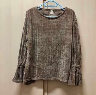 Lipstar Japan light brown top sweater size 2 全新 日本 淺啡色 大地色 文青 魚尾袖 絨毛 滑身 舒服 長袖 上衣