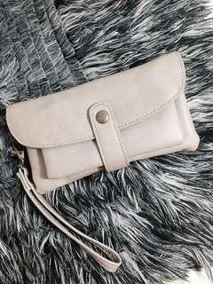 Gray pouch/wallet