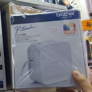PTP300BT 無線藍牙電話標籤機 盒內附有標籤帶