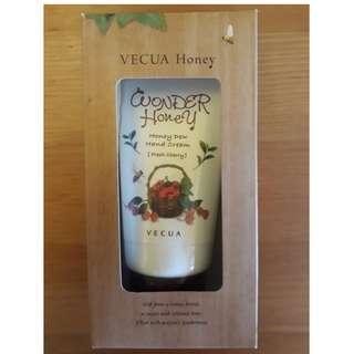 VECUA Honey Hand Cream Fresh Cherry