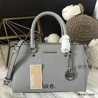 🚚 MK灰色手提包