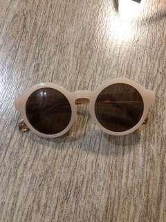 Vintage Sunglasses (Pin-Up)