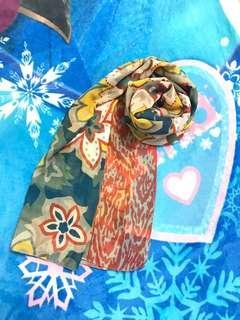 🚚 SISLEY圍巾 絲巾