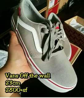 Vans off the wall (Authentic)