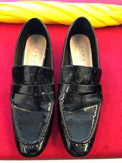 ZARA black patent loafer