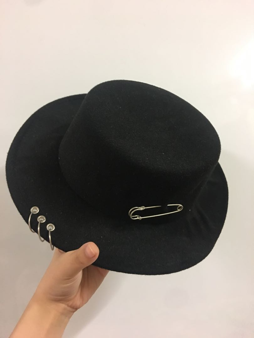 Designer hat for sale! 145fc9b37b60