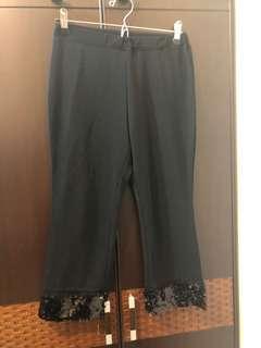 🚚 有彈性、有低調閃亮的七分褲